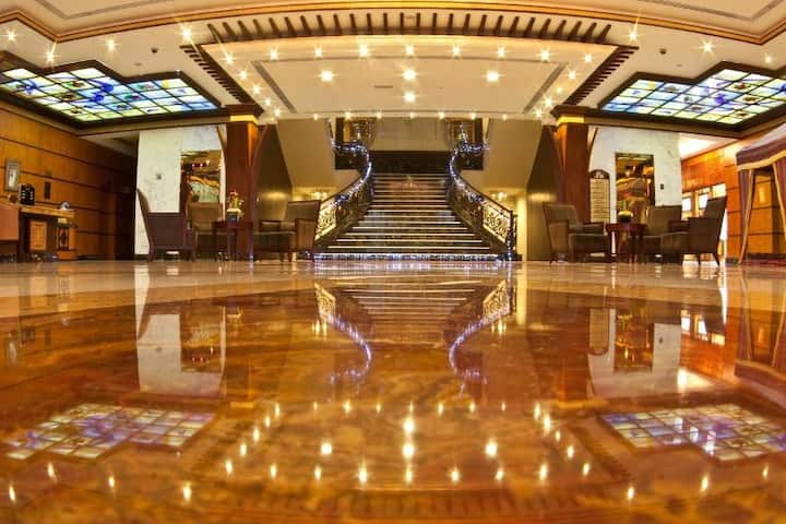 Magnificent Suite Executive At Sharjah