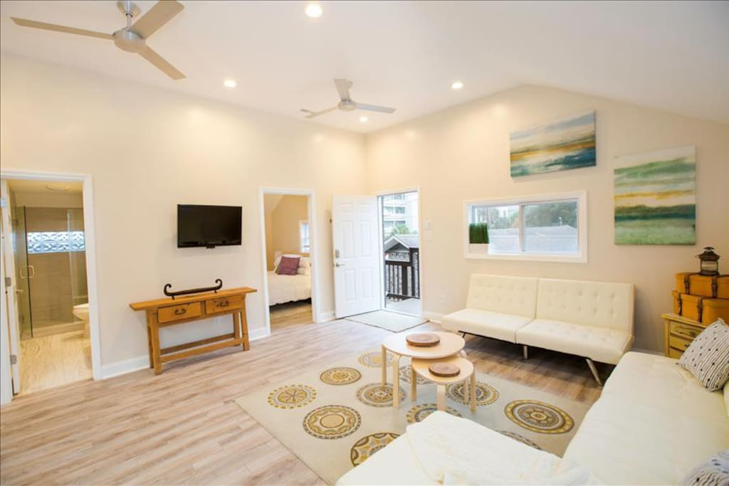 palms lux condo on center st folly beach back unit apartments for rent in folly beach south. Black Bedroom Furniture Sets. Home Design Ideas