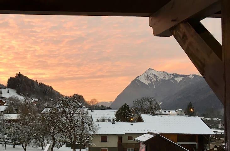 Morillon : appartement skis aux pieds avec vue