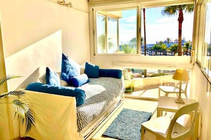 DAZZLING SEA VIEWS SUITE/ MARBELLA CITY CENTRE