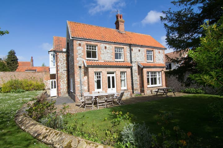 York Cottage (Brancaster) - Brancaster - บ้าน