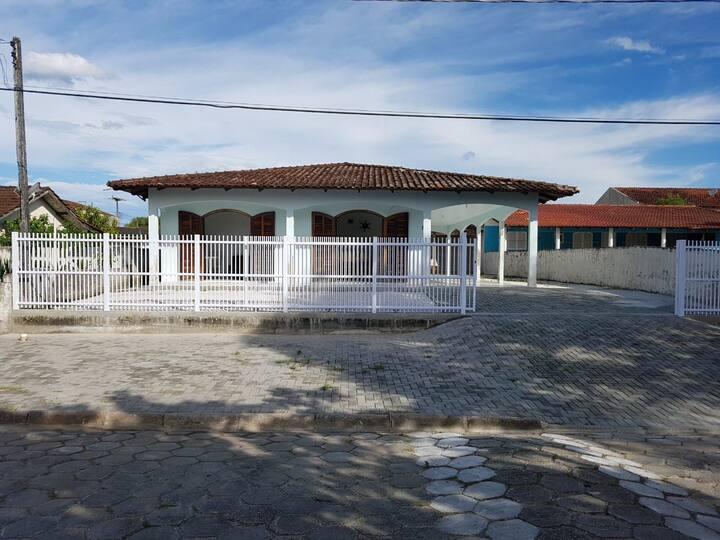 Casa em Ipanema. Pontal do Paraná.  Pr