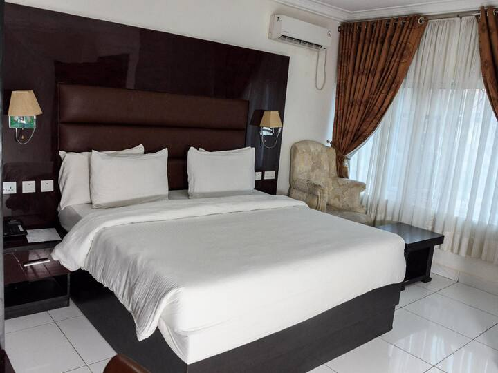Predia Hotel and Suites - Super Executive