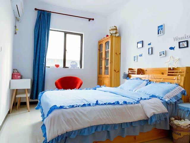 蓝色地中海清新风独立卧室