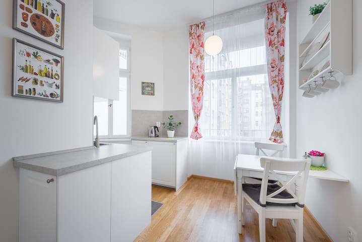 Angel Apartment