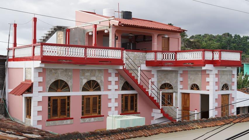 Hostal Rubio: cercania, comodidad y buen servicio - Baracoa - Rumah