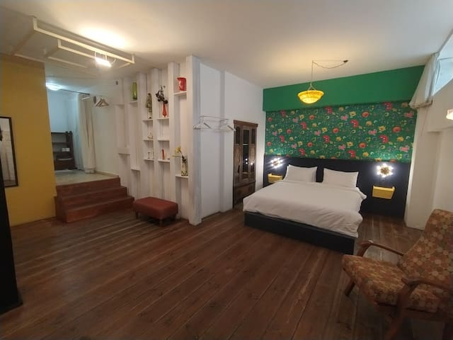 Neve - Tzedek, Stylish, Top location