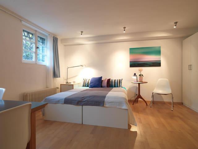 Gäste-Apartment in Jugendstilvilla / sep. Eingang