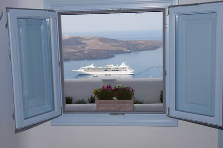Fanari vista suites, one million dollars view - ฟิรา - วิลล่า