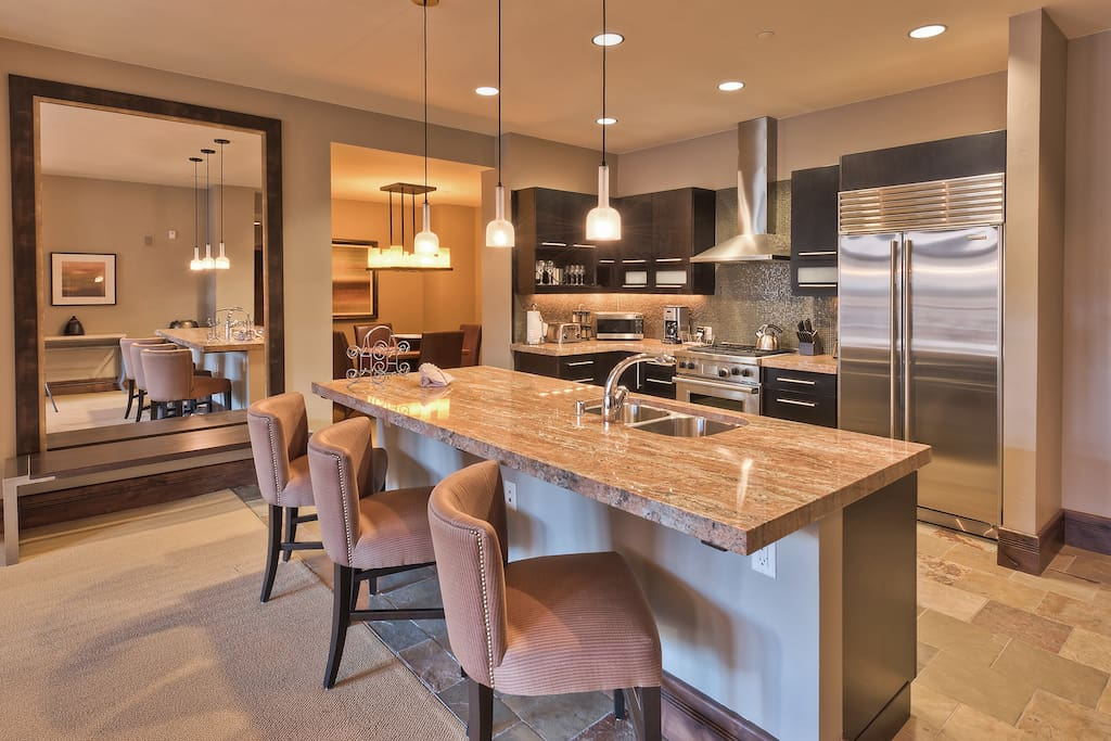 Chef's kitchen with Wolfe and Subzero appliances