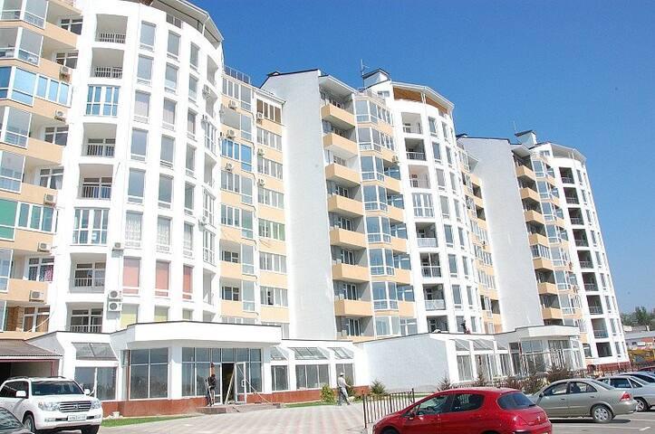 Апартаменты с видом на море (ЖК Солнечный)