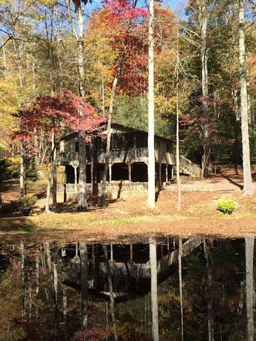 The Treehouse at Golden Pond