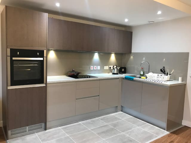 BirminghamCBD Brand New 1 Bed Flat 40%for 1 month+