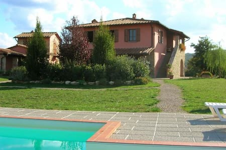 Beautiful country house with private garden, pool - Pieve A Presciano