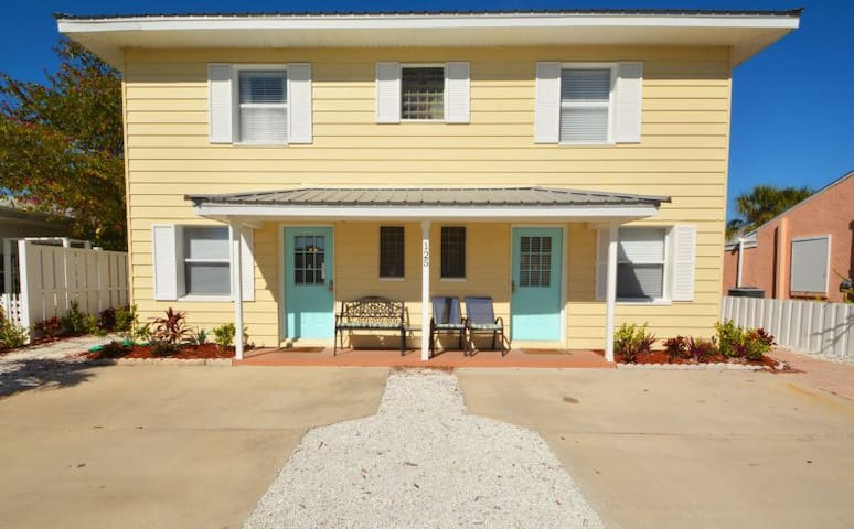 Redington Shores Beach House Side B