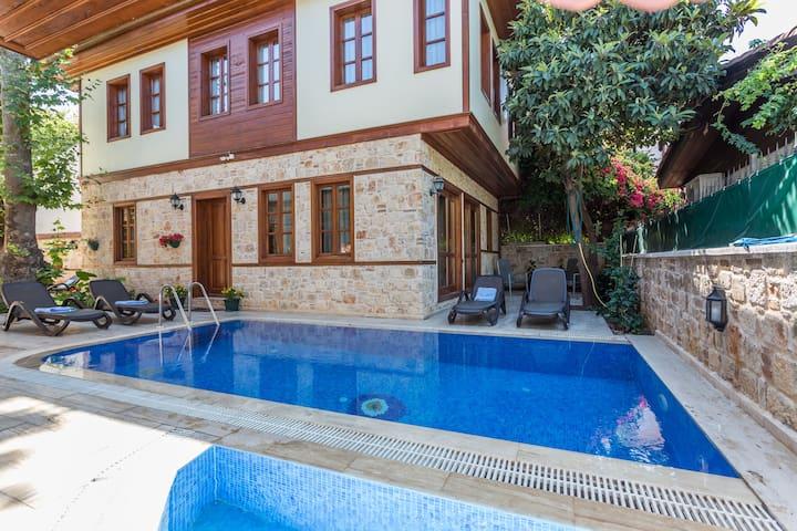 Villamavi exclusive BERRAK - Muratpaşa - Rumah