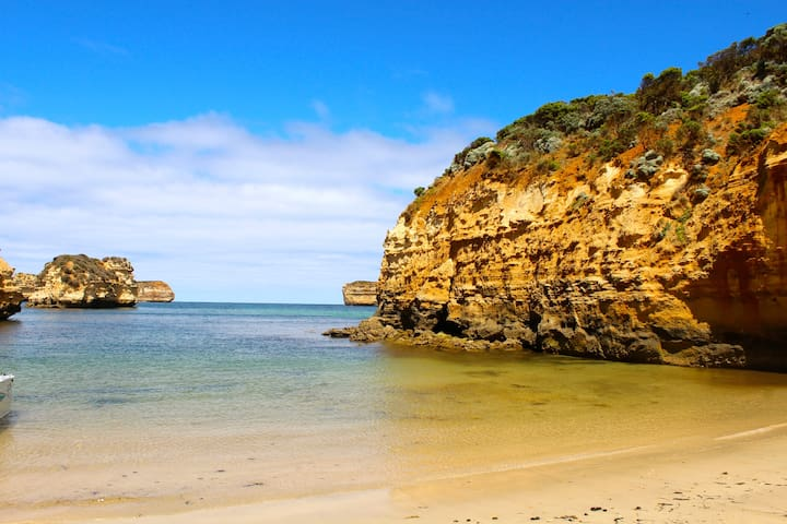Twelve Apostles Beach House B&B - Port Campbell - Bed & Breakfast