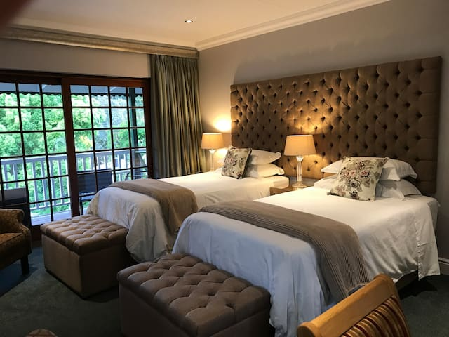 The Forest View Suite
