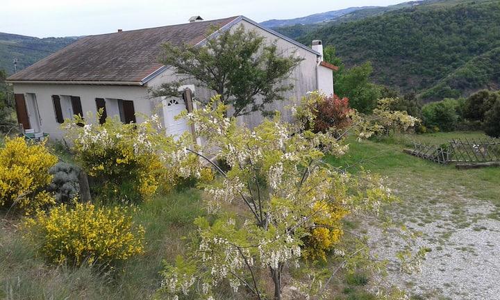 la maisonnette de  Mamie en  Ardèche