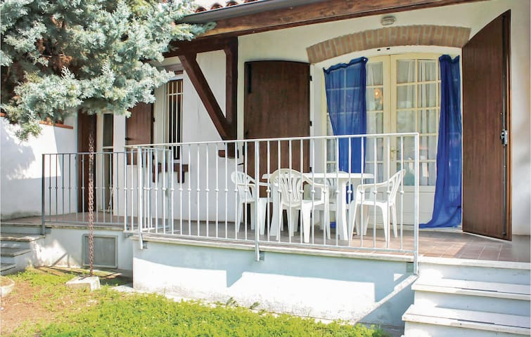 Semi-Detached with 3 bedrooms on 65m² in Lido di Volano -FE-