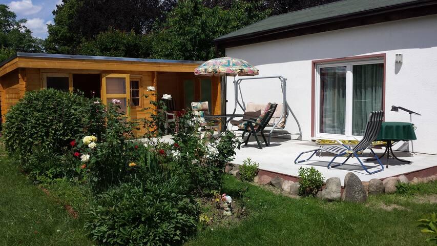 Haus mit großem Garten vor den Toren Berlin´s - Blankenfelde-Mahlow - Hus
