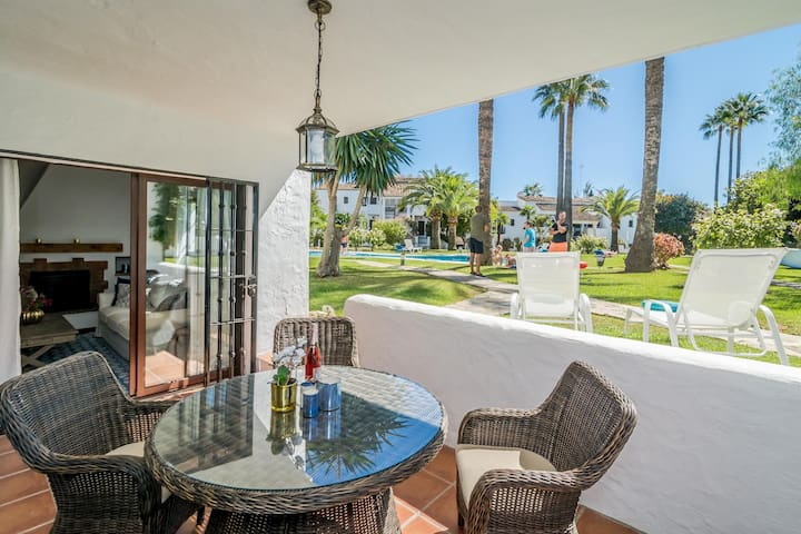 LC - Magnificent apartment in Nueva Andalucia