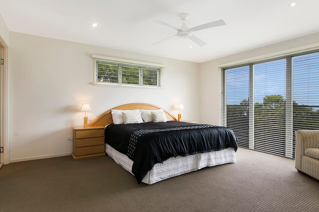Master Bedroom with King Bed, WIR & Ensuite