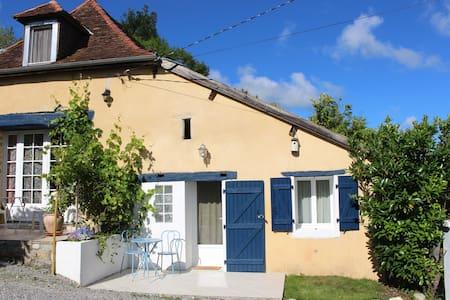 Beau T2 dans maison béarnaise Quillat - Sauveterre-de-Béarn