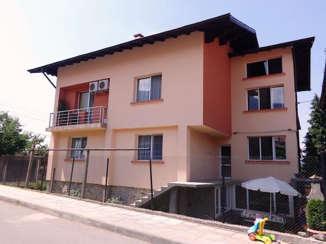 Guest house ViBo - Sapareva banja - Sapareva Banya - Apartment