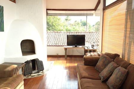 Amazing apartment/ heated pool - Santa Ana - Apartment