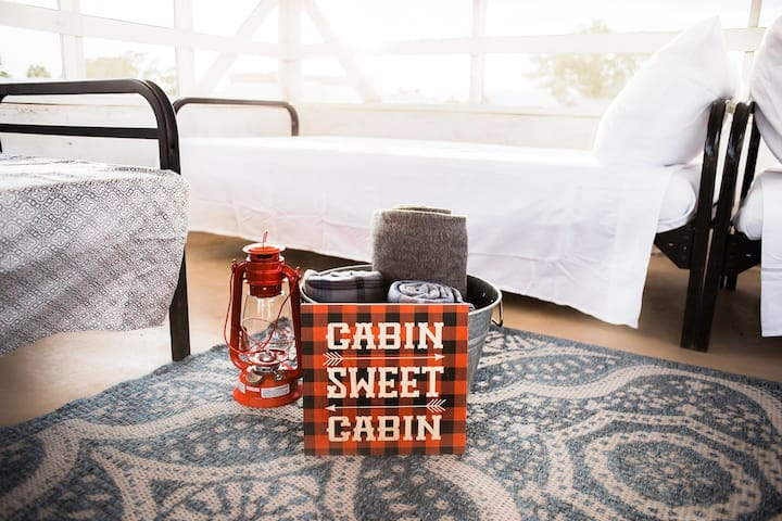 Cabin 9 · Cabin 9 · Wild Arrow Ranch - A Texas Hill Country Gem
