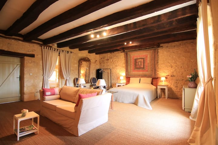 Charming spacious room in the country side & pool - Lalinde - Dom
