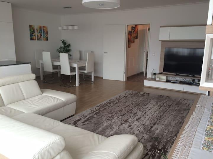 Sonnwendviertel - 2 bed. apartment