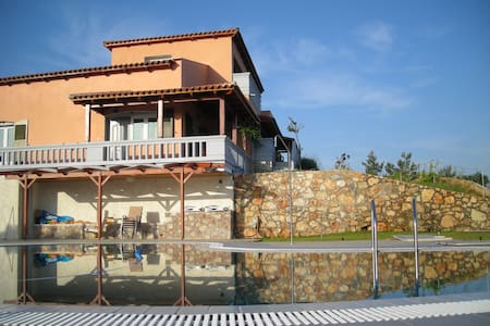 Melissa Suites Apartments with pool and sea view - Chania - Apartamento