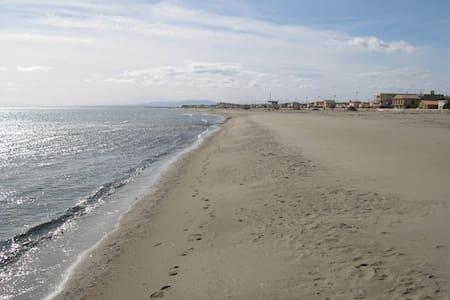 la Grande Evasion -Best on Gulf - 5 Steps to Sand - Narbona