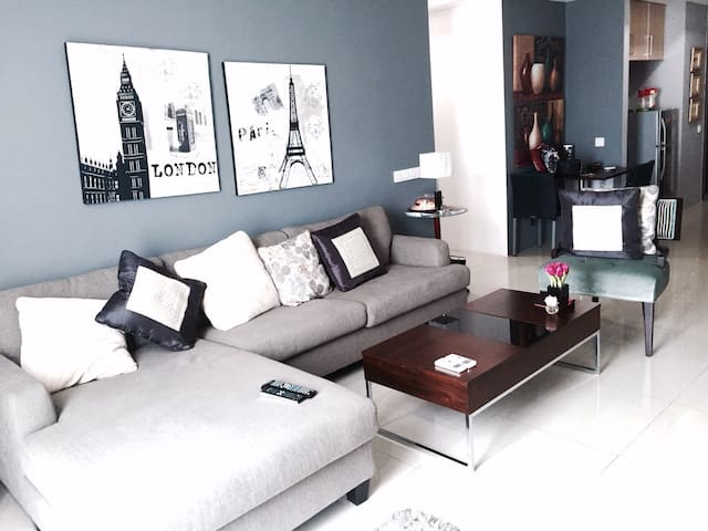 3 BR Kemang Village The Empire.