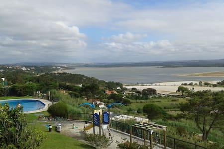 Foz do Arelho Lagoon and Sea  Views