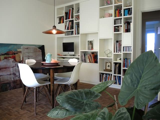 lightfull apartment with an arty touch