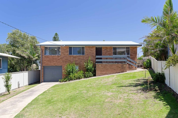 Argyle Cottage, 41 Argyle Avenue - great family home for holidays