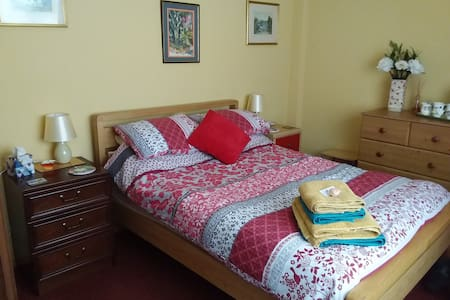 Two lovely double rooms & bathrooms. Ground Floor.
