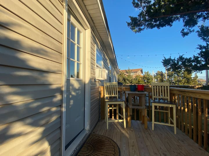 OBX Style - Oceanside Guest Suite Private Entrance