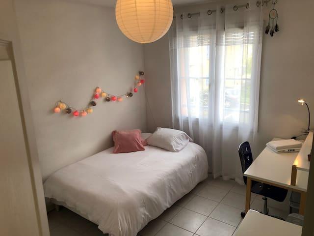Chambre 1 lit en 120
