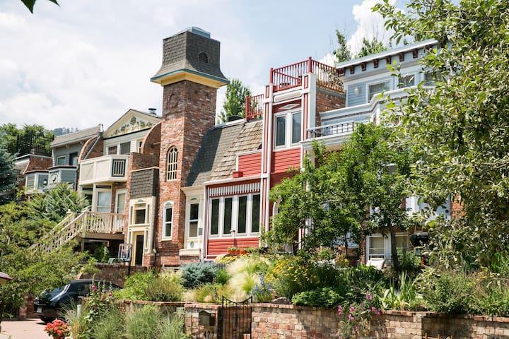 Pearl Street Getaway - Boulder - Byt