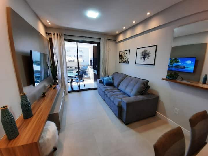 Apartamento novinho com piscina na praia de Bombas