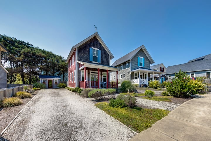 Two-Story Olivia Beach Home - Dog-Friendly, Close to the Beach