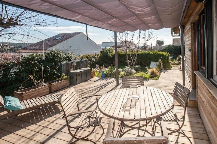 Rez de jardin avec beaucoup de charme. - Marsiglia - Appartamento
