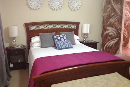 Koombana Breeze Holiday Home - East Bunbury - Rumah