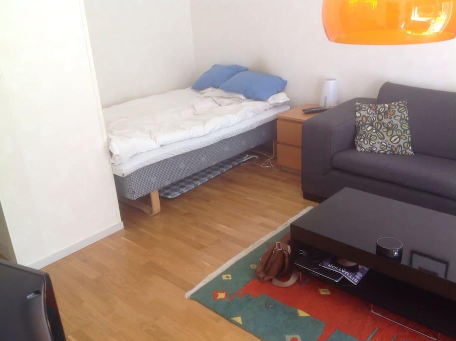 Sovalkov med 140 cm. säng.