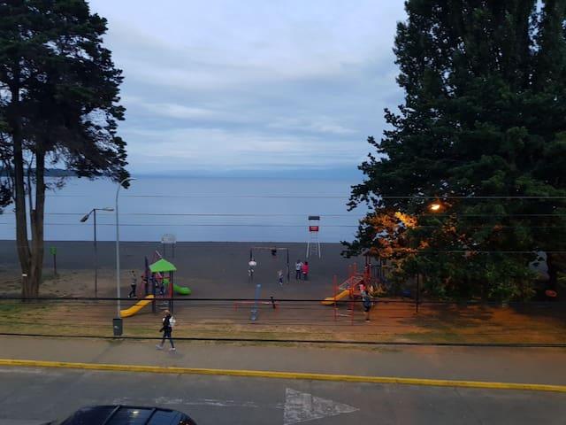 Dpto. En Frutillar, frente al lago y del Teatro.