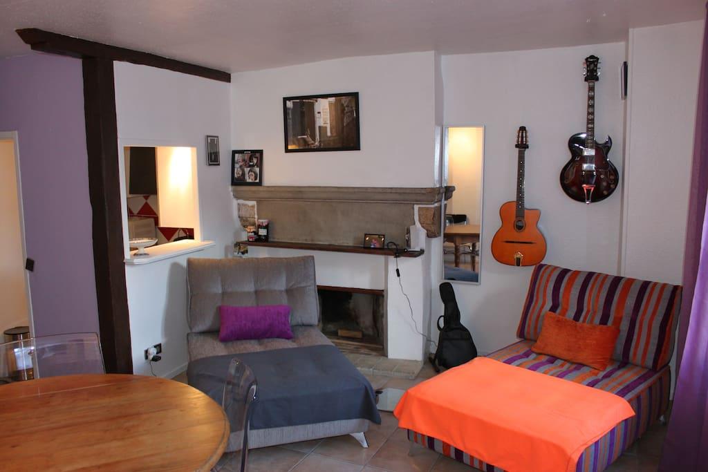 appartement centre ville annecy appartements louer annecy rh ne alpes france. Black Bedroom Furniture Sets. Home Design Ideas